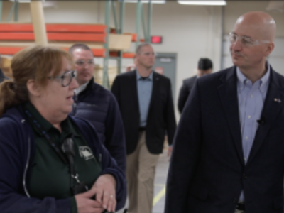 Gov. Pete Ricketts meets Face to Face with corrections staff and participants